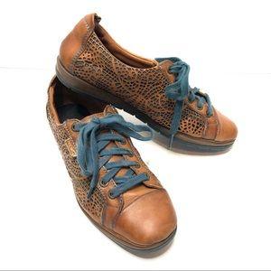 Pikolinos unique leather laser cut shoe lace up 38